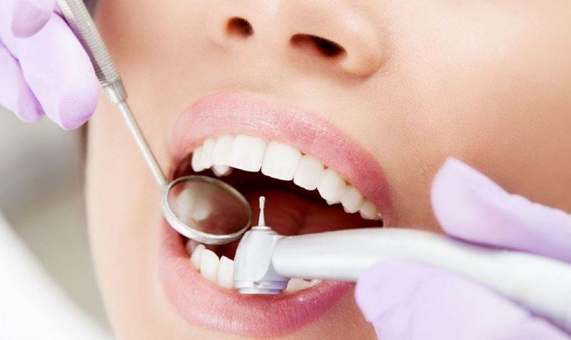 Как расшатать зуб чтобы он выпал